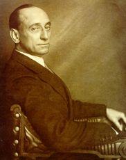 Casares Quiroga: político republicano gallegista, después de poseer diferentes cargos durante la República, consiguió ser Presidente de Gobierno durante los meses de Mayo y Junio de 1936 (Frente Popular).