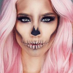 Simple Halloween Skull Makeup Idea