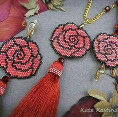 Seed Bead Jewelry, Seed Beads, Beaded Jewelry, Crochet Earrings, Peyote Patterns, Beading Patterns, Beaded Flowers Patterns, Peyote Stitch, Stud Earrings