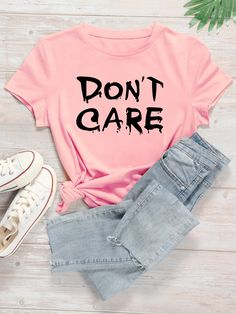 Printed Tees, Printed Shorts, Look T Shirt, Baby Pink Colour, T Shirt Costumes, Stylish Girl Pic, Teen Fashion Outfits, Women's Fashion, Everyday Outfits
