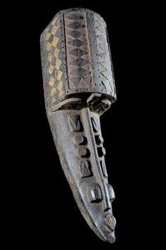 Warrior Mask - Ijo / Ijaw - Nigeria - Item No. 4302 - Galerie Bruno Mignot