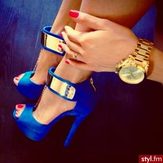 .what you think about these?    pretty little liar blue!