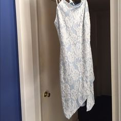 Dressmust go Never worn  so cute and perfect for the summer Dresses Mini