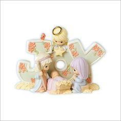Precious Moments figurines   Precious Moments 'Peace' Figurine   Holiday Decorations