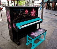 Play Me, I'm Yours #Piano -  Denver, USA, 2011