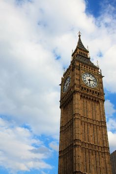 5 great places to visit if you're studying in London England Tourist Attractions, Study In London, Uk Destinations, Uk Holidays, Travel Icon, European Travel, Free Pictures, Great Places, About Uk