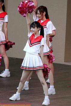 KUBO_shiori 久保史緒里 チアガール Cute School Uniforms, School Uniform Girls, School Girl Japan, Japan Girl, Kawai Japan, Cute Kawaii Girl, Beautiful Japanese Girl, Pretty Asian, Girls Gallery