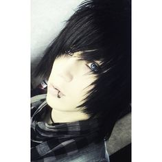 Long Emo Hairstyles with Black Hair Color for Teenage Boys from Andy... ❤ liked on Polyvore featuring hair, boys, anons, guy and people