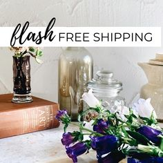 Yay! FREE SHIPPING nationwide until Sunday 21 June 23:59. • Swipe to see two of our #mostwishlisted boards in action. Texture 41 White farmhouse Wall paired with Tile 24 Amalfi Coast Terrazzo. • Two boards are better than one! We propped them up to create a mini studio, and were able to create more dynamic content as a result. • Easily create content from the comfort of your home with our photographic styling boards. Ultra-realistic backgrounds to make your photos pop and uplift your brand… 21 June, White Farmhouse, Amalfi Coast, Terrazzo, Art History, Glass Vase, Tile, Backgrounds, Boards