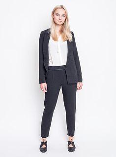 Stylově do práce. Kalhoty, sako, košile Ichi, boty Loreak Mendian. Style, Fashion, Swag, Moda, Fashion Styles, Fashion Illustrations, Outfits