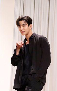 Actors Male, Asian Actors, Korean Actors, Actors & Actresses, Park Hyung Shik, Sf 9, Kdrama Actors, Korean Artist, Korean Men