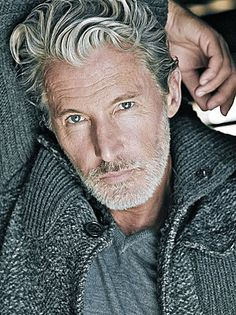 Cool and Modern Hairstyles for Older Men Modern Hairstyles For Older Men, Haircuts For Men, Men Hairstyles, Aiden Shaw, Silver Foxes Men, Handsome Older Men, Men Over 50, Fox Man, Grey Beards