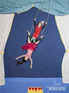 Preschool Circus, Circus Crafts, Circus Art, Circus Theme Party, Circus Birthday, Cirque Photo, Photomontage, Photo Tips, Creative Photography