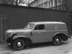 Volvo PV61 Post Van Volvo Wagon, Volvo Cars, Volvo Trucks, Cars And Motorcycles, Antique Cars, Vans, Transportation, Letter, Passion