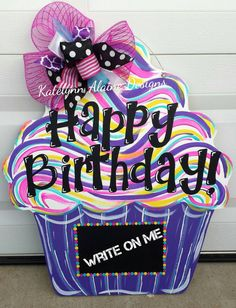 Happy Birthday Cupcake Door Hanger by KatelynnAlaineDesign on Etsy