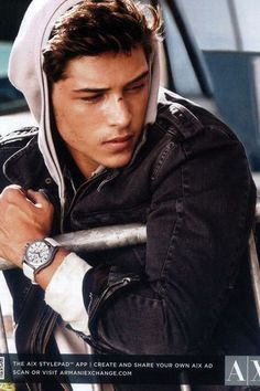 Mega Model Agency - Francisco Lachowski