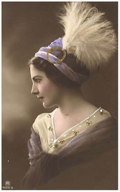 Vintage Beauty - Tinted Postcard