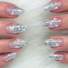 Creativity for Kids Glitter Nail Art - Glitter Manicure Kit for Kits - Cute Nails Club Silver Glitter Nails, Glitter Nail Art, Bling Nails, Pink Glitter, Glitter Balloons, White Sparkly Nails, Glitter French Nails, Glitter Gif, Glitter Boots