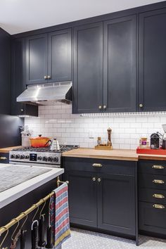 A Galley Kitchen Renovation for a Serious Chef-Turned-Food-Editor