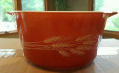 Vintage Pyrex ~ AUTUMN HARVEST Wheat Red, Rust ~ 473-B 1QT Round Casserole #Pyrex