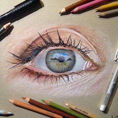 """O olho humano é uma das coisas mais belas que existem. Lembra-se, por exemplo, do lindo trabalho """"Seus Belos Olhos"""", do fotógrafo Suren Manvelyan? Os belos detalhes presentes nos olhos são difíceis de serem representados no papel. Mas é isso que o ilustrador Jose Vergara faz com perfeição, utilizando lápis de cor e canetas. Confira abaixo os olhos …"""