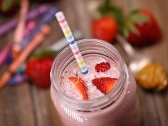 Did you know Silk® has a ton of Smoothie Solutions, like thisPB & J Smoothie?