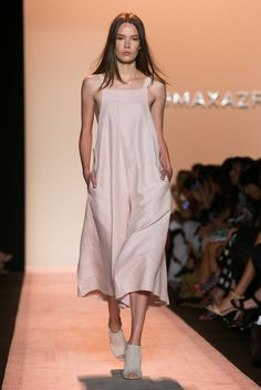 A look from the BCBG Max Azria Spring 2015 RTW collection.