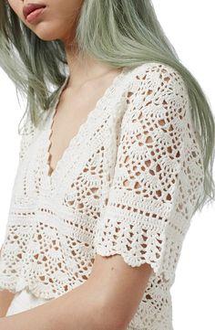 Topshop V-Neck Crochet Top Mode Crochet, Crochet Diy, Crochet Girls, Crochet Summer Tops, Crochet Crop Top, Crochet Blouse, Bustiers, Crochet Stitches, Crochet Patterns