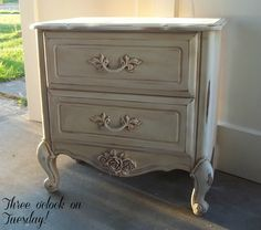 Lovely White Venetian Classic Estate 2 Drawer Nightstand Ideas With Rustic Style And Carving Legs For Decorate Mediteranian Bedroom Design Cheap Nightstand, Shabby Chic Nightstand, Vintage Nightstand, 2 Drawer Nightstand, Nightstand Ideas, Nightstands, Furniture Makeover, Bedroom Furniture, Bedroom Decor