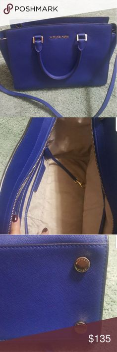 """Michael kors large selma bag Good condition. Electric blue.Top handle 4.5"""". Adjustable strap 17.5""""-19.5"""". 14""""×9""""×4"""". Top zip. No dust bag. I bought Macy's in Manhattan. Thank you for looking:) Michael Kors Bags"""