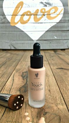 Easy to use liquid mineral foundation. Order from linked site and shipped directly to your house. #younique #foundation #RealMomMakeup