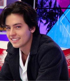 Cole Sprouse Jughead, Cole M Sprouse, Dylan Sprouse, Fit Actors, Your Name Movie, Lili Reinhart And Cole Sprouse, Zack E Cody, Dylan And Cole, Riverdale Cole Sprouse