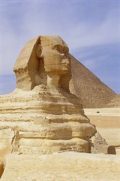 Sphinx and pyramid, UNESCO World Heritage Site, Giza, Cairo, Egypt, North Africa, Africa
