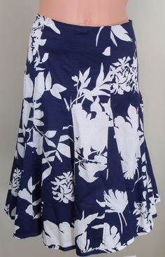 Kenneth Cole Reaction 4 Blue Floral Below Knee Length Flared A-Lined Skirt EUC #KennethColeReaction #ALine