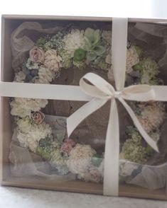 #晴れの日に #wedding #お祝いのリース #いつかweddingに関わりたいなーと思う今日この頃  #coteest #今日は17時までお店におります #来てね