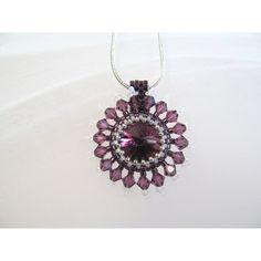 Crystal Anhänger Halskette, dunkel lila Rivoli 14mm, Perlen, umgeben... ($38) ❤ liked on Polyvore featuring jewelry, crystal jewelry, crystal stone jewelry and crystal jewellery