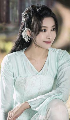 Victoria Song Qian 宋茜