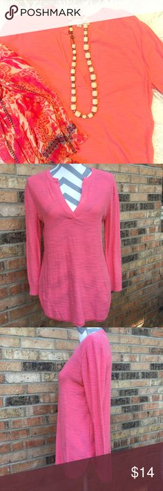 🍋 • loft • light coral tunic sweater beautiful light coral long sleeve tunic sweater with v-neck. very lightweight & perfect for summer. last image reflects true color best. good used condition. has some minor pilling under sleeves. 100% cotton. machine washable. hang dried only. LOFT Sweaters V-Necks
