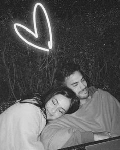 Cute Muslim Couples, Cute Couples Photos, Cute Couple Pictures, Cute Couples Goals, Couples In Love, Love Photos, Romantic Couples, Love Cartoon Couple, Cute Love Couple