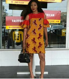 The complete pictures of latest ankara short gown styles of 2018 you've been searching for. These short ankara gown styles of 2018 are beautiful Ankara Short Gown Styles, Ankara Gowns, Trendy Ankara Styles, Short Gowns, African Wear Dresses, Latest African Fashion Dresses, African Attire, Ankara Fashion, African Clothes