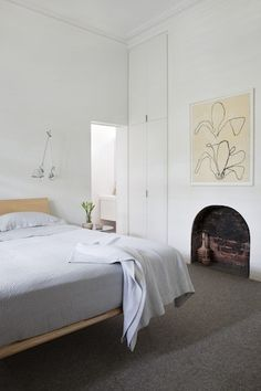 Simple fireplace. Robson Rak Architects and Made by Cohen - Armadale
