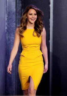jennifer lawrence vestido amarillo - Buscar con Google