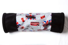 Cool Britannia Cosy Tunnel designed for single guinea pigs, hedgehogs, small rabbits, rats, ferrets etc Full range of our stylish and fun items can be found at http://www.candecosies.co.uk