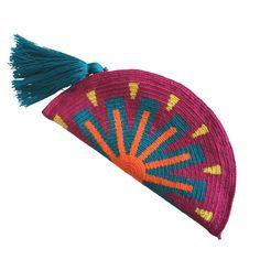 Marvelous Crochet A Shell Stitch Purse Bag Ideas. Wonderful Crochet A Shell Stitch Purse Bag Ideas. Boho Tapestry, Tapestry Crochet, Tapestry Bag, Love Crochet, Knit Crochet, Mochila Crochet, Craft Bags, Clutch, Knitted Bags