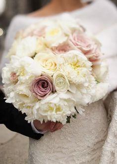 Wedding bouquet idea; Featured Photographer: Brian Dorsey Studios
