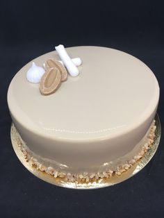 Cake & Co, Vegan Dessert Recipes, Butter Dish, Meringue, Mousse, Caramel, Food Porn, Food And Drink, Cupcakes