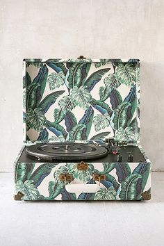 Crosley Palm Print Keepsake Record Player - Urban Outfitters