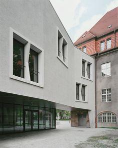 Klare Linien: Erweiterung Arndt-Gymnasium in Berlin - DETAIL - Magazin für Architektur + Baudetail