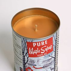 The Retro Tin Maple Syrup Candle is now a soy candle that it smells like maple syrup and makes us crave pancakes! Canada Day Centrepiece, Tin Candles, Candle Jars, Canadian Gifts, The Pancake House, Jw Gifts, Candle Accessories, Inspiring Things, All Things Christmas