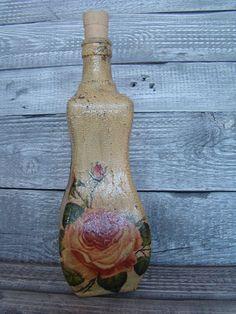 butelka decoupage w róże w Hand-Made Decorations na DaWanda.com
